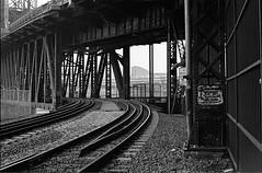 Entering Steel Bridge (anthonypond) Tags: 50mm bw kodaktrix400 om2 olympusom2 oregon portland rodinal125 trix analog film