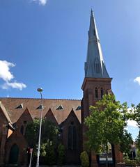 2019 Sydney: Marrickville Road Church (dominotic) Tags: 2019 marrickvilleroadchurch stclementschurchmarrickville iphone8 innerwestsydney history architecture bluesky trees urban sydney australia