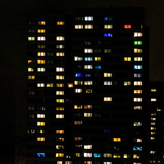 Inner City, City Lights (UsualRedAnt) Tags: nacht fischerinsel sigma35mmf14art f18 70d berlin mitte canon deutschland citylights lightshow germany