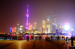 Shanghai boardwalk at night (` Toshio ') Tags: toshio shanghai china pudong lights neon huangpurive river boardwalk people city skyline chinese fujixe2 xe2