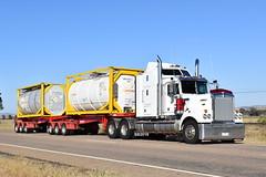 Kenworth T900 Legend (Scottyb28) Tags: kenworth t900 legend truck trucks trucking highway haulage diesel interstate loaded newsouthwales freight
