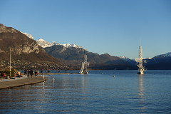 Plage de l'Impérial @ Annecy (*_*) Tags: march 2019 hiver winter afternoon europe france hautesavoie 74 annecy savoie lacdannecy lakeannecy lac lake beach plage plagedelimperial sunset sunny