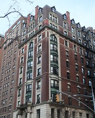 Postcards from New York - Beautiful Buildings in the West Village (Pushapoze (NMP)) Tags: newyorkcity 5thavenue 6thavenue fence happyfencefriday trottoir sidewalk buildings old batiments