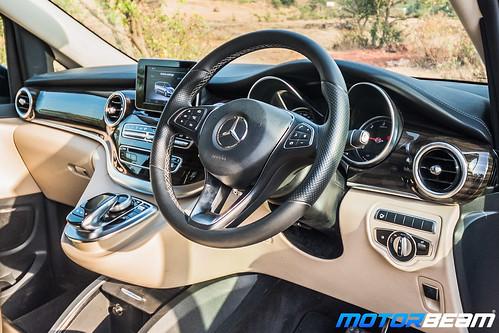 Mercedes-V-Class-23