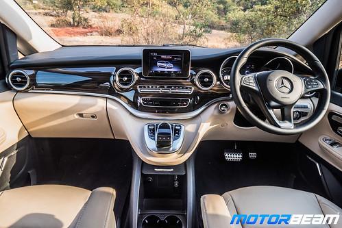 Mercedes-V-Class-18