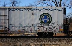 Vital/Size21 (quiet-silence) Tags: graffiti graff freight fr8 train railroad railcar art vital size21 dnb railheads bnsf icicle reefer