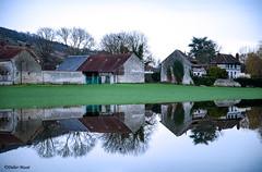 Reflets à Giverny pendant la crue de l'Epte (didier95) Tags: giverny eure normandie inondation crue reflet architecture maison epte