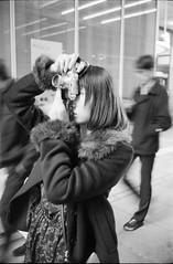 _IMG1676 (John Smith Fitzgerald) Tags: leica summitar leitz zeiss carlzeiss zeissjena ツァイス ツァイスイェナ カールツァイス モノクロ bw monochrome portrait ポートレート contax biometar コンタックス ビオメター ilford イルフォード デルタ100 delta100 lady camera カメラ レンジファインダー ライカ ライツ ズミタール 女性 street ストリート