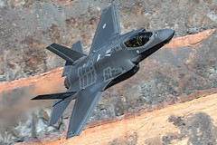 RNAF F-35A (dmeg180) Tags: airplane aircraft jet military lightning f35 dutch jedi lockheed edwards 323tes ot airforce nikon d500 200400mm sidewinder lowlevel