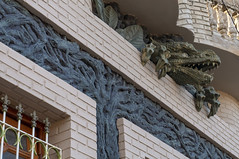 The House with a dragon, a piece of vernacular architecture (lezumbalaberenjena) Tags: camajuani camajuaní villas villa clara 2019 lezumbalaberenjena