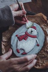 Osito con bufanda-1 (Eva Miret) Tags: pocionesmagicasdeazucar evamiretphotography foodphotography food moody folk shadow sweet cookie galletas decorate decoracion animals winter magic