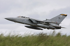 Tornado F3 ZE936 'HE' 111 Squadron (Mark McEwan) Tags: panavia tornado tornadof3 ze936 111squadron tremblers raf royalairforce rafleuchars leuchars fighter airdefence aviation aircraft airplane military