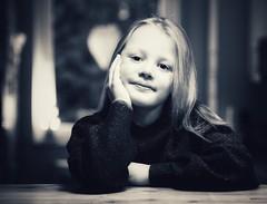 Little sunshine (mrburton75) Tags: eyes eye augen träumer traum dreamer dream porträt pullover blond kind bw weis schwarz white black sunshine child