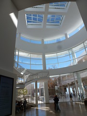 entry hall (sftrajan) Tags: architecture museum gettycenter richardmeier jpaulgettymuseum arquitectura musee museo interior glass lobby light white