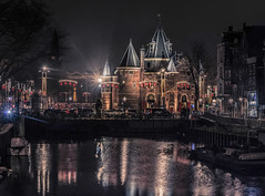 Amsterdam de Waag (Wim van de Meerendonk, loving nature) Tags: amsterdam waag water cityscape city reflection light netherlands nederland outdoors outdoor sony scenic thenetherlands festival amsterdamlightfestival nightshot