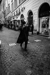 Rome, Italy 2018 (Lucio Frabotta) Tags: leicaq bw people leica roma rome streetphotography street streetlife blancoynegro photography summilux italy monochrome blackandwhite biancoenero noiretblanc monocromo monocrome mono