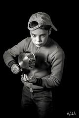 You're talking To me ? (chicos54) Tags: strobist studio blackandwhite strobisme portrait noiretblanc studiolight