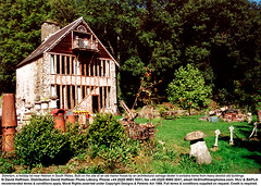 Dolwilym_3 (hoffman) Tags: architecture building cottage countryside diy doityourself holiday horizontal house housing idiosyncratic outdoors outside rental rented renting salvage unusual davidhoffman wwwhoffmanphotoscom carmarthen wales uk