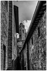 Urbino (divicoa) Tags: landscape urbino paesaggio panorama sky borghi marche biancoenero bnw blackandwhite bianconero