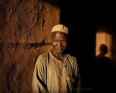 I love chiaroscuro - the bold contrasts between lights and shadows -, but also the human shape liner shadow projection. Love it even more when you happen to capture in unguarded daily life moments. And, somehow, my first days traveling in Niger were rich (Joel Santos - Photography) Tags: i love chiaroscuro bold contrasts between lights shadows but human shape liner shadow projection it even more when you happen capture unguarded daily life moments and somehow first days traveling niger were rich these particular light c joel santos liveforthestory canoneosr eosr canonambassador travelbloggers travelblog portraitmood travelstoke travelphotos adventureseeker doyoutravel travelmore goexplore wonderfulplaces openmyworld lovetotravel adventurethatislife roamtheplanet travelpics amazingshots peopleinfinity joelsantosphoto