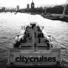 Sightseeing (mesbkr1) Tags: london londonstreets urbanphotography bigben westminster photography streetphotography blackandwhitephotography blackandwhite bnwphotography bnw riverthames thames river water people boats boat