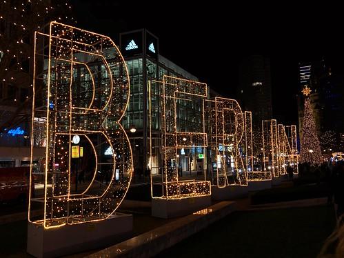 Christmas Impressions of Breitscheidplatz - Light spells on the Tauentzienstreet.