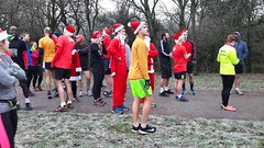 Bromley parkrun, Christmas Day 2018 (Paul-M-Wright) Tags: bromley parkrun christmas day 2018 norman park south east london uk 5k runners running christmasday paul wright frost winter frosty england sport santa claus fatherchristmas santahat people grass sky field tree