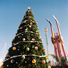 Flip Flops & Beach Balls (poavsek) Tags: california beach portra400 kodak s2 bronica film boardwalk santa cruz christmas tree