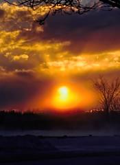 Le couchant (Jacques Sauvé) Tags: le couchant coucher soleil sunset sun set sol atarceder hiver inter invierno séquence capture nxd darktable lightzone winter