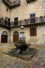 DI PETRALIA A NICOSIA 2018 057 (aittouarsalain) Tags: fontaine eau acqua petraliasoprana sicilia trinacria fontana