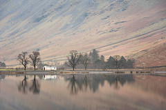 The White Hut (www.peterhenryphotography.com) Tags: buttermere lake lakedistrict cumbria landscape refelction still calm trees mountains fells
