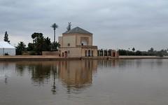 Jardines de la Menara.Marrakech. (melamasso) Tags: jardinlamenara estanque pabellon jardín marrakech