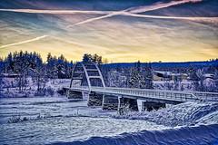 Marahällabron 20181223 (johan.bergenstrahle) Tags: 2018 älv architecture arkitektur aurorahdr bridge bro captureone december evening finepicsse hdr långtid longexposure kväll marahällabron river solnedgång sunset sverige sweden umeälv umeriver vännäs vinter winter