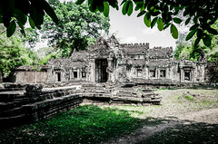 Cambodian Temple (Cédric Nitseg) Tags: nikon asie siemreap taprohm greelow travelling backpacking backpacker tree travel cambodge arbre voyage d7000 asia temple cambodia