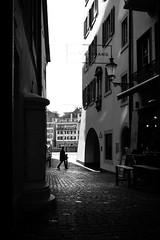 old town (gato-gato-gato) Tags: apsc fuji fujifilmx100f street streetphotography x100f autofocus black bnw flickr gatogatogato pocketcam pointandshoot streettogs white wwwgatogatogatoch strasse strase onthestreets streetpic streetphotographer mensch person human pedestrian fussgänger fusgänger passant schweiz switzerland suisse svizzera sviss zwitserland isviçre zuerich zurich zurigo zueri fujifilm fujix x100 x100p digital