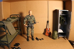 IMG_0141 (darqq_seraphim) Tags: barbie friends dolls military militaryactionfigure militaryplayset worldpeacekeepers 16scaleactionfigure 30pointsarticulation clicknplay