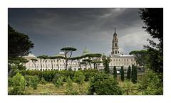 Ciel d'orage sur Pompéi (Jean-Louis DUMAS) Tags: pluie orage sky ciel storm nuage cloudly cloud eglise cathédrale italie italia arbre tree