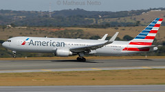 American Airlines | Boeing 767-323(ER)(WL) N396AN | Confins | SBCF/CNF (Matheus Netto) Tags: american airlines airliner mia cnfmia cnf confins bh belohorizonte boeing 767 767300er n396an rotate takeoff decolagem avião aeronave aircraft airplane fotos fotografia photography aviation planespotting spotter canon