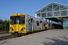 Merseyrail Electric 507009 (Will Swain) Tags: chester station 19th june 2018 cheshire north west south county train trains rail railway railways transport travel uk britain vehicle vehicles england english europe merseyrail electric 507009 class 507 009