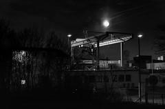 Vollmond am Hafenbahnhof
