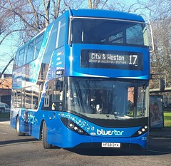 Bluestar 1236 is turning onto Vincent's Walk from Pound Tree Road while on route 17 to City and Weston. - HF68 DYA - 9th January 2019 (Aaron Rhys Knight) Tags: bluestar 1236 hf68dya 2019 vincentswalk poundtreeroad southampton hampshire gosouthcoast goahead alexanderdennis enviro400city