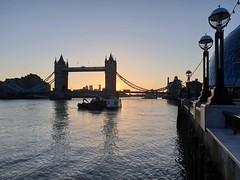 Sunrise at Tower Bridge (timothyhart) Tags: toweroflondon towerbridge london uk sunrise march2019 spring riverthames pooloflondon orange yellow dawn morning early serenity beauty