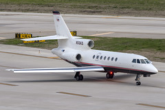 DAL (zfwaviation) Tags: kdal dal dallaslovefield airport aircraft airplane plane jet runway