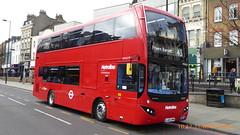 P1150154 VMH2575 LA68 DWN at Angel Station Upper Street Islington London (LJ61 GXN (was LK60 HPJ)) Tags: metroline volvob5lhybrid mcv evoseti mcvevoseti 105m 10490mm vmh2575 la68dwn nb980