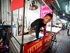 Bangkok Chinatown-3231417 (Neil.Simmons) Tags: bangkok thailand southeastasia chinatown yaowarat laowa 75mm f2 ultra wide boy candid streetphotography