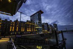 Düsseldorf0164Zollhafen (schulzharri) Tags: düsseldorf nrw deutschland germany europa europe architektur architecture glas modern haus building himmel gebäude stadt