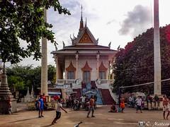 180722-34 La partie (2018 Trip) (clamato39) Tags: olympus phnompenh cambodge cambodia asia asie ville city urban urbain voyage trip temple religieux religion