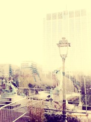 La ciudad a  través del cristal (María Martínez . Malele) Tags: ciudad arquitectura invierno bruselas botánico atmósfera