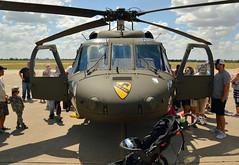 Air Cav (radargeek) Tags: august 2018 oklahoma henrypostarmyairfield fortsill airshow military helicopter