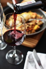Date dinner eating - Credit to https://homegets.com/ (davidstewartgets) Tags: date dinner eating glas love lunch meal red wine restaurant romance romantic